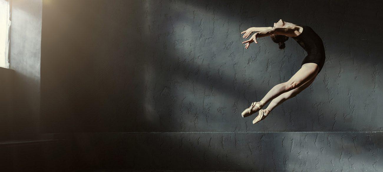 Flying modern ballet